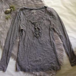 Old Navy long sleeve t-shirt ruffle black white s